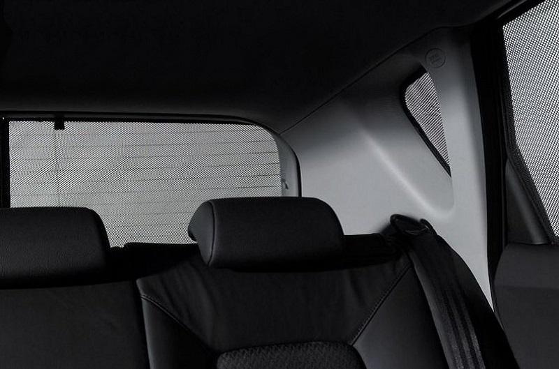 Dražji senčniki za avto imajo več funkcij in boljšo izolacijo